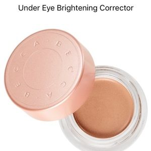 NIB Becca Brightener - Light/Med